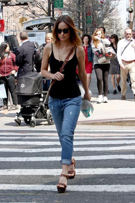girls skinny jeans 2013 - olivia wilde in paige denim skinny