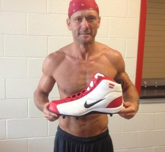 tim mcgraw shirtless - big nike shoes