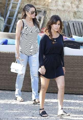 torn jeans 2013 - khloe kardashian