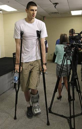 alex len injury - foot