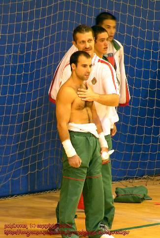 shirtless portuguese gymnast - filipe bezugo