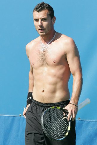 Gavin Rossdale abs at 44 years old