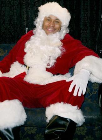 LL-Cool-J-Santa-Claus
