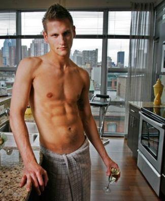 Top-chef-shirtless-Jason-Cichonski2