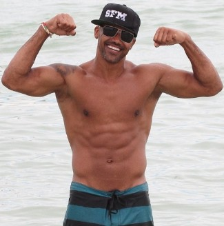 older guys with washboard abs shemar-moore 43 years old