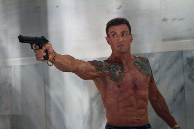older men washboard sixpack - Sylvester Stallone - 67 yo bullet to the head
