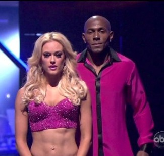 peta murgatroyd washboard abs - dwts finale with donald driver - champs
