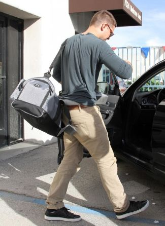 zac efron - under armour Duffle