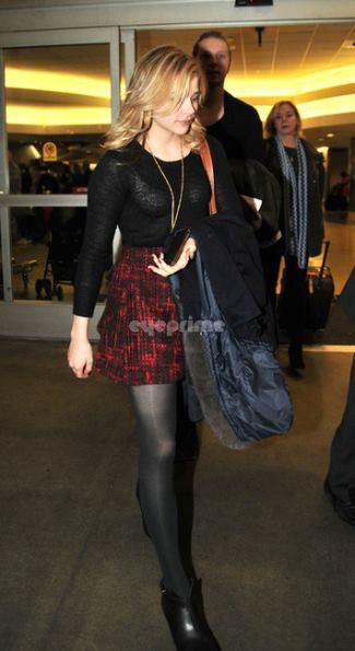 women in kilts Chloe Moretz wearing COSY BLANKET KILT SKIRT
