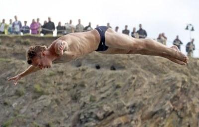 alain kohl speedo cliff diving - 2012 red bull in wales