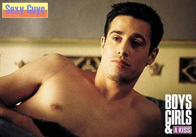 freddie prinze jr shirtless hunk