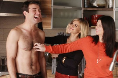 james-wolk-shirtless-happy-endings