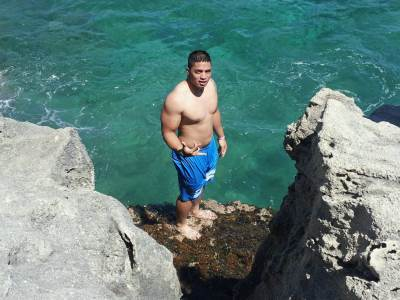 manti teo shirtless football star