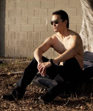 Karl-Yune-Shirtless-Asian-hunk-in-hollywood