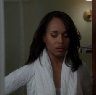 Kerry Washington wears Ralph Lauren Black Label Cable Cashmere Circle Cardigan in Scandal