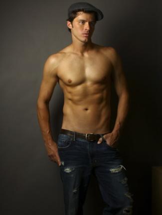 jeremiah wood survivor model - shirtless