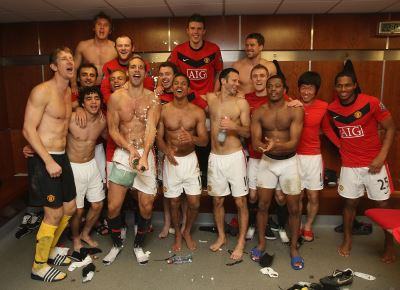 manchester united shirtless football players - locker room