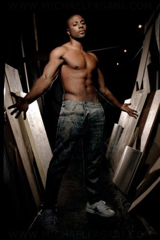 Leo Ihenacho shirtless hunk on the voice