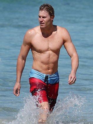 dr chris brown - speedo swim shorts - bondi vet