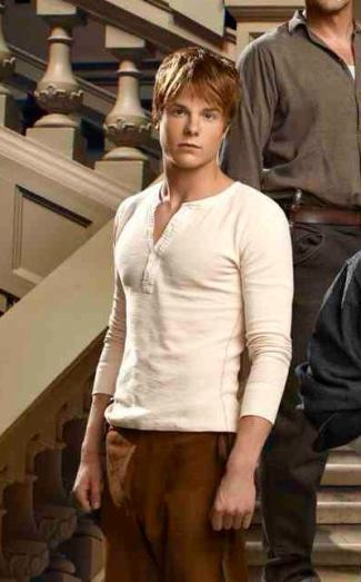 graham rogers shirtless as danny matheson in revolution - sexy hunk