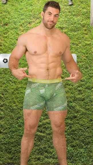 Canadian-rugby-underwear-Jamie-Cudmore