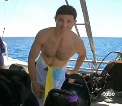 Matt Gutman shirtless - abc news