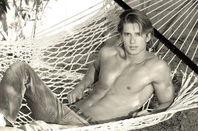 drew van acker body - abercrombie and fitch - devious maids 2014 hunk