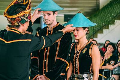 grant gustin wife andrea thoma traditional kadazan wedding