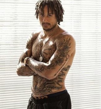 shirtless american soccer players - jermaine jones