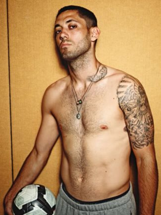 shirtless soccer hunks - usa - clint dempsey