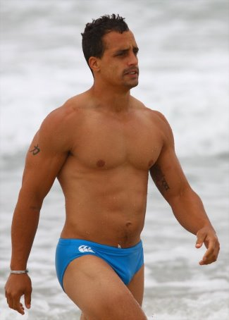 springboks rugby players shirtless - Paul Delport speedo