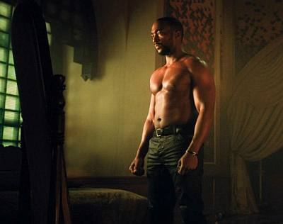 anthony mackie shirtless full body