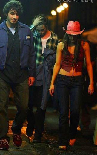 best girls cowboy hats 2014 - Kelli Barrett and Goorin Pink Straw Cowboy Hat