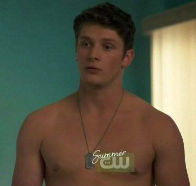 brett dier shirtless - la complex - rules of third episode