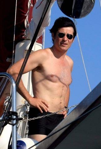 goran-visjnic-shirtless-speedo-swimsuit-boxer-briefs