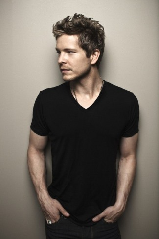 matt czuchry gay proof - vneck shirt
