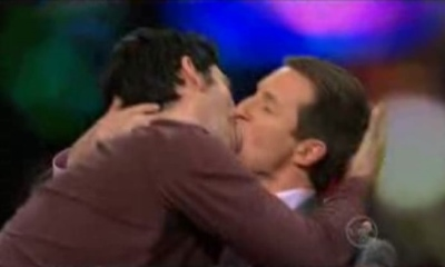rove mcmanus gay kiss - Chas Licciardello lays a wet kiss on Rove in 2008