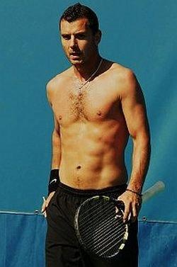 gavin rossdale shirtless - tennis court