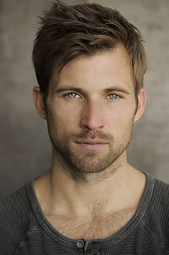 justin deeley hot beard facial hair