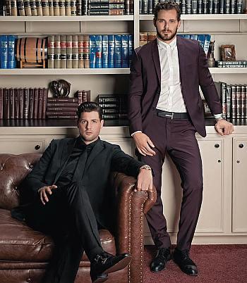 tyler seguin hot in suit with jamie benn