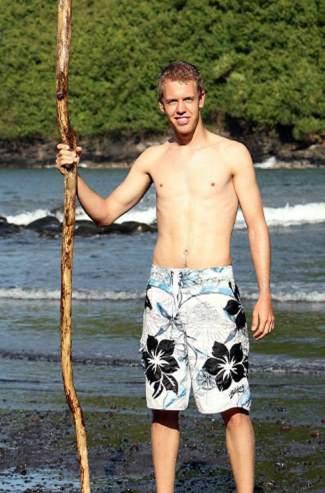 sebastian vettel shirtless smoking body