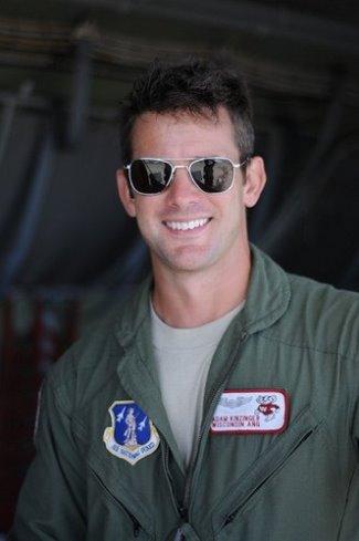 adam kinzinger air force pilot