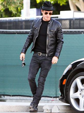 jeans leather jacket casual wear - Justin Theroux