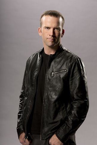 lucas-black-leather-jacket-ncis-as-christopher-lasalle
