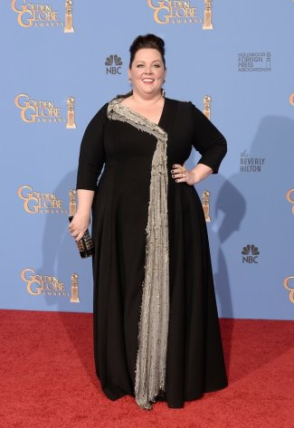 melissa-mccarthy-at-the-2014-golden-globes-self-designed-gown-with-daniela-kurrle
