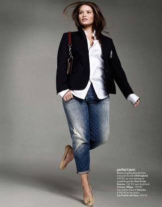 plus size jeans - tommy hilfiger boyfriend jeans on tara lynn for elle magazine