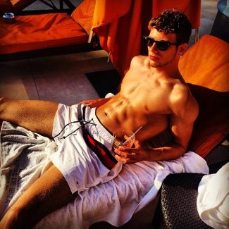 sexy german men footballers - LEON GORETZKA