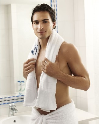 handsome german men footballers - Mats Hummels for head and shoulders