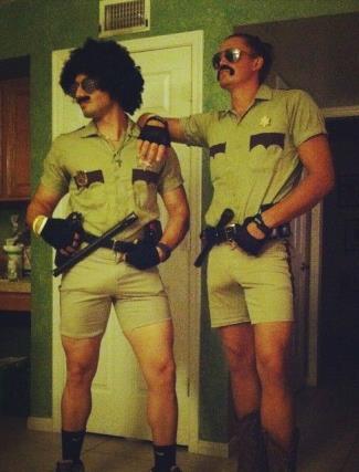Joe Anglim is so gay - tight pants - survivor