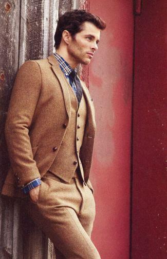 hot guys in suits - james marsden